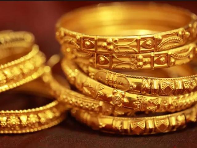 Giá vàng hôm nay 14/6: USD chịu áp lực, vàng lên đỉnh 3 tuần