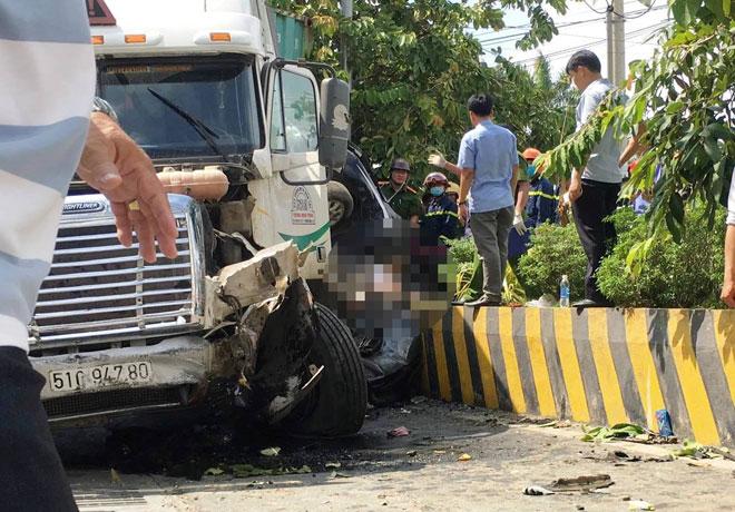 Nhân chứng vụ tai nạn 5 người chết: Tài xế container run lẩy bẩy sau tai họa - 1