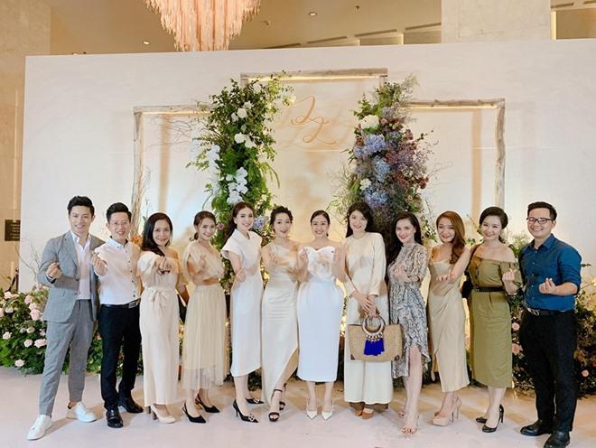 Đám cưới 'cô gái vàng của làng MC' được ví như show ca nhạc 'khủng' - 1