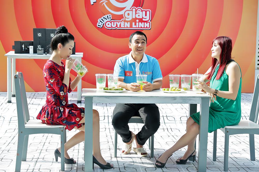 Lý do Trịnh Kim Chi, Hiền Mai xuất hiện tại vườn nhà triệu đô của MC Quyền Linh - 1