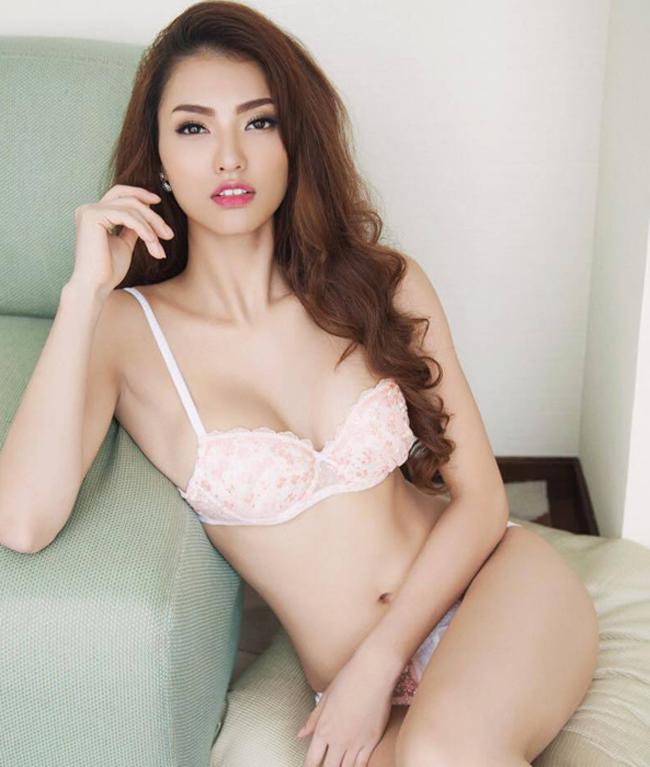 Tuy bị đau mỏi nhưng số đo và hình dáng vòng 3 của người mẫu đã được cải thiện đáng kể.