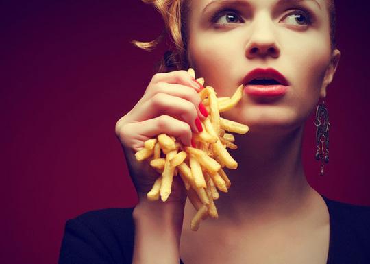 Đáng sợ kiểu ăn khiến não bị co lại mà nhiều người mắc phải - 1