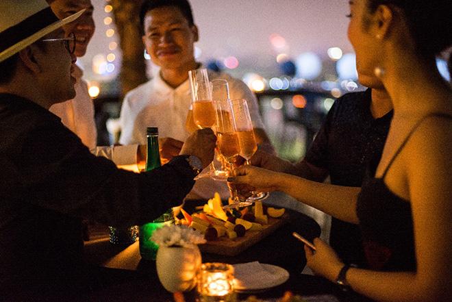 Khám phá Sky Bar tổ chức event cực chất trong lòng phố Cổ - 1
