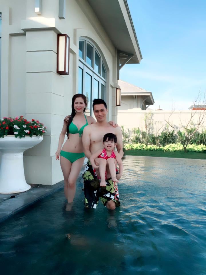 Vợ thứ 2 kém 7 tuổi nóng bỏng, sexy thế này, Việt Anh vẫn chia tay - 1