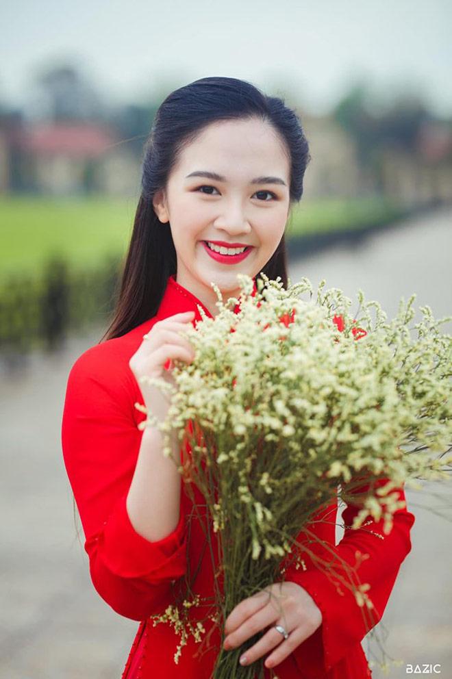 Vừa học đại học vừa mang bầu, Hoa khôi Tràng an vẫn tốt nghiệp loại giỏi - 1