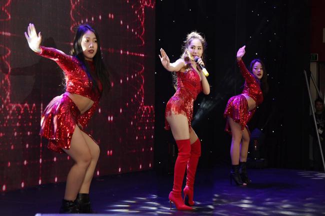 Sau tuyên bố ly hôn, Quỳnh Nga chưa hé lộ gì nhiều về sự trở lại showbiz trên sân khấu âm nhạc.