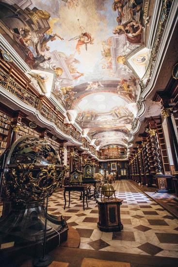 Klementinum: Thư viện hoành tráng nhất thế giới - 1