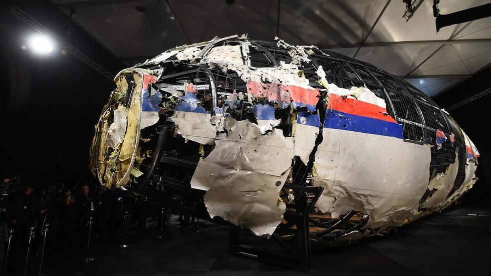 Vụ máy bay Malaysia rơi khiến 298 người chết: Truy nã quốc tế 3 công dân Nga - 1
