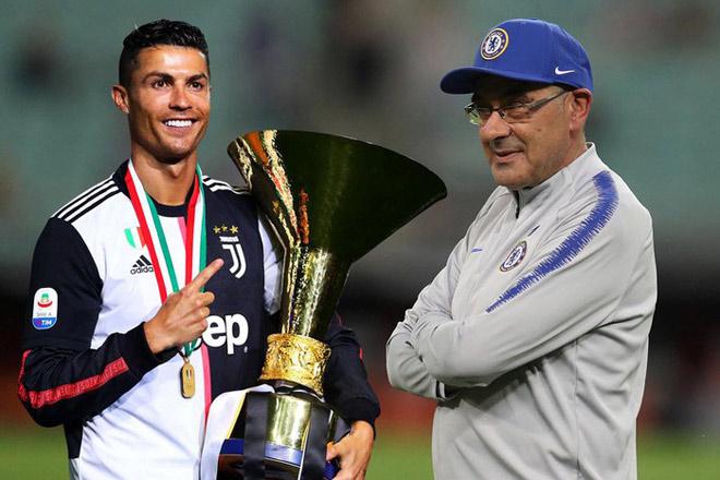 """HLV Sarri ra mắt Juventus: Ronaldo cắt ngắn kì nghỉ về Italia """"phò tá"""" - 1"""