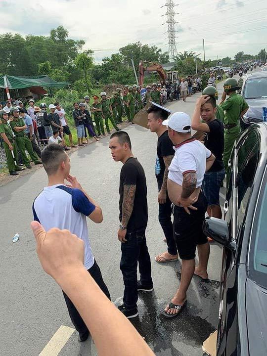 Vụ giang hồ vây xe chở công an ở Đồng Nai: Bắt khẩn cấp một chủ doanh nghiệp - 1