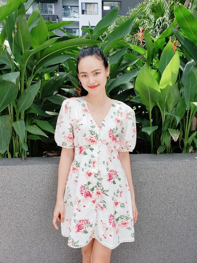 Không còn là cô người mẫu cao kều, gầy gò ngày nào, giờ Tuyết Lan đã lột xác trở thành một cô nàng có dung mạo xinh đẹp, đầy đặn hơn.