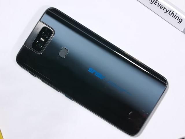 Video: Tháo rời Asus Zenfone 6, khám phá camera bật lên