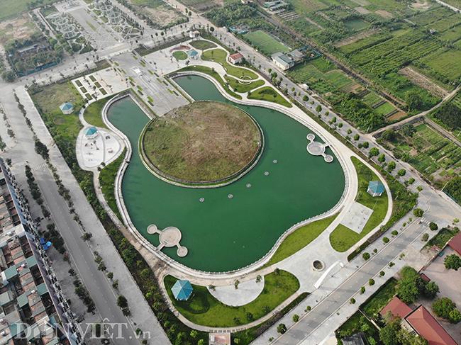 Độc đáo công viên có hồ nước hình cây đàn ở Hà Nội - 1