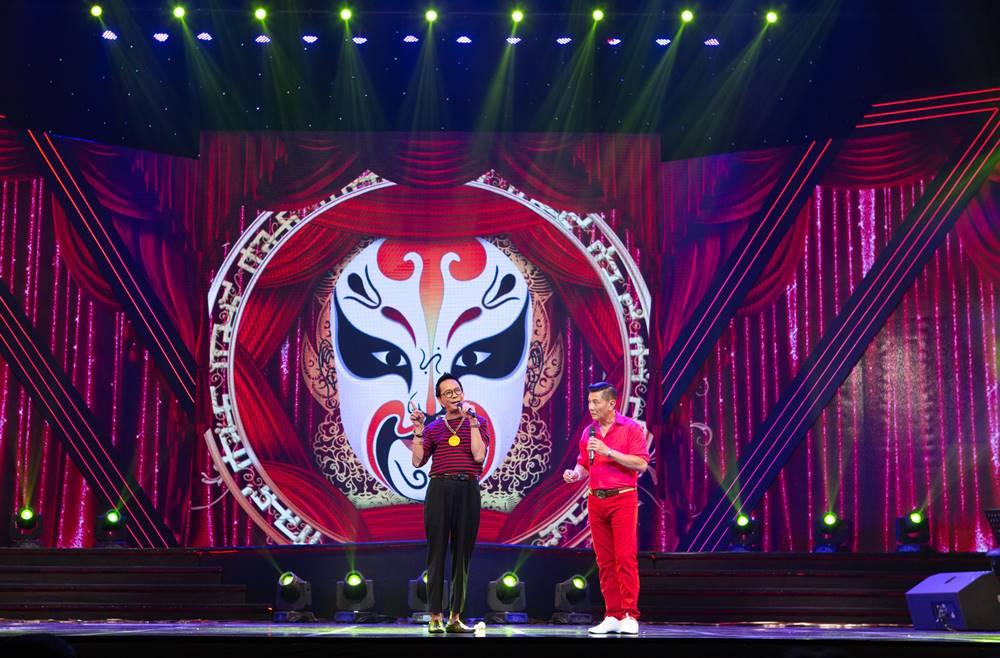 Cặp đôi danh hài hải ngoại Bảo Chung - Bảo Liêm tái ngộ khán giả Hà Nội - 1