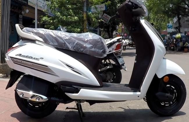 Nhà sản xuất xe máy và xe tay ga Honda tại Ấn Độ mới đây đã tung ra thị trường nước này phiên bản giới hạn hoàn toàn mới của dòng xe tay ga ăn khách nhất Activa 5G.