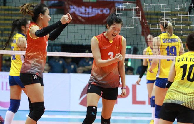 """Ngây ngất bóng chuyền: """"Chân dài"""" Việt Nam hạ Indonesia vô địch dù thua 2 set đầu - 1"""