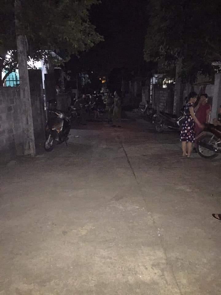 Vụ chồng giết vợ rồi tự tử ở Ninh Bình: Bí mật tờ giấy trong căn nhà cháy - 1