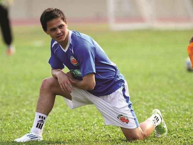 Đội tuyển Quốc gia và câu chuyện các cầu thủ nhập tịch, Việt kiều - 1