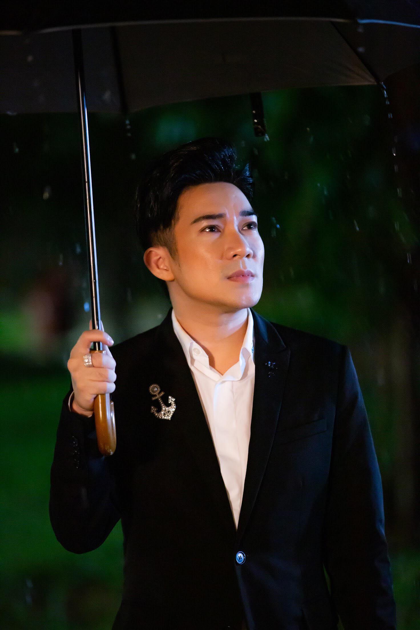 Mai Ngô đóng cảnh giường chiếu táo bạo trong MV nửa tỷ của Quang Hà - 1