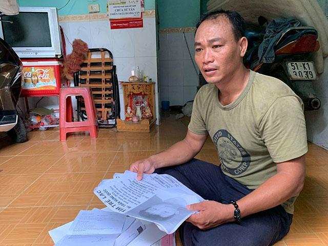 """Cha rong ruổi khắp Sài Gòn tìm con trai 8 tuổi mất tích suốt 4 tháng: """"Không biết con có đói, có lạnh không?"""""""