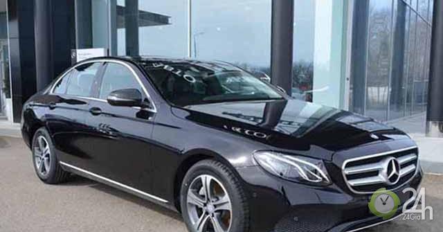 Mercedes-Benz triệu hồi hai dòng C-Class và E-Class vì lỗi cụm thước lái