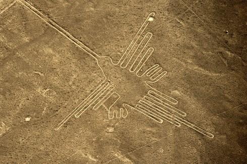 """Hé lộ bí ẩn đằng sau đại công trình của """"người ngoài hành tinh"""" ở Peru - 1"""