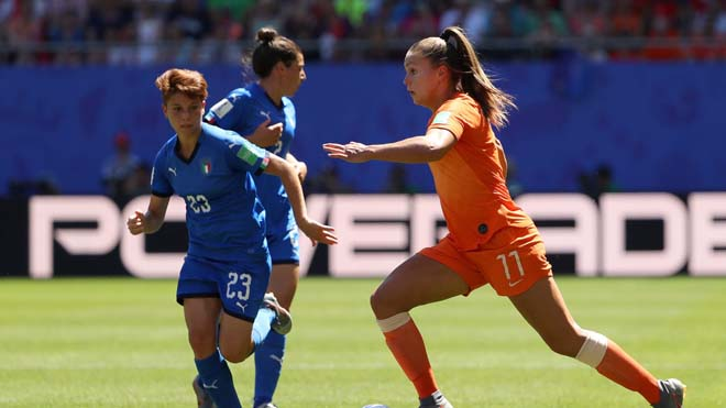 Italy - Netherlands: Huge Combat Screen, Smashing Semifinal Cards (Women's World Cup) - 1