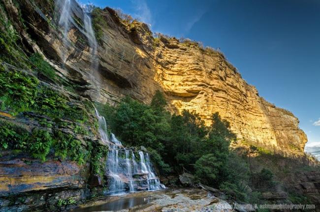 The Golden Cliff, Blue Mountains: Núi Blue Mountains nằm trong khu Great Blue Mountains Area, được UNESCO công nhận là di sản thế giới năm 2000.