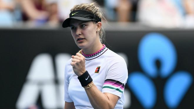 """""""Thánh nữ"""" tennis Bouchard khoe thân giỏi, thi đấu kém: Sớm rời Wimbledon - 1"""