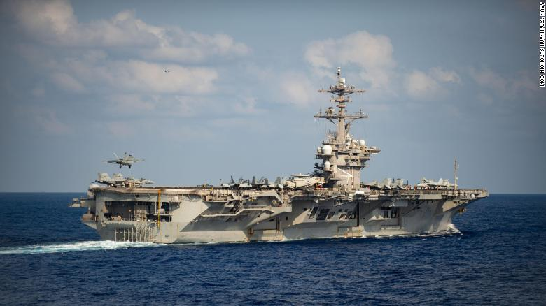 Thuyền trưởng tàu sân bay Mỹ gửi lời cầu cứu khẩn cấp vì Covid-19 - 1