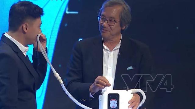 Từ việc GS Trần Văn Thọ chuyển giao công nghệ 2000 máy trợ thở cho VN: Phân biệt máy thở và máy trợ thở - 1