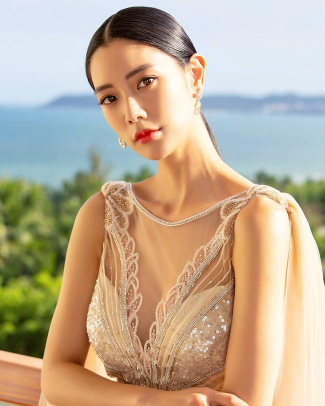 Clara từng lọt vào danh sách Top 100 phụ nữ đẹp nhất thế giới do tạp chí Mode Lifestyle (Anh) bầu chọn năm 2014.