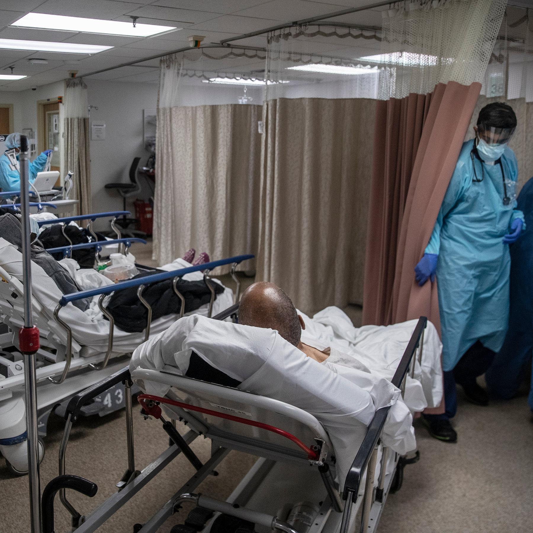 Điều đau lòng đang xảy ra trong bệnh viện ở tâm dịch Covid-19 New York - 1