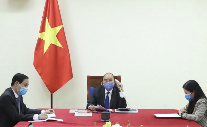 Thủ tướng Nguyễn Xuân Phúc điện đàm với Thủ tướng Trung Quốc về hợp tác chống dịch Covid-19 - 1