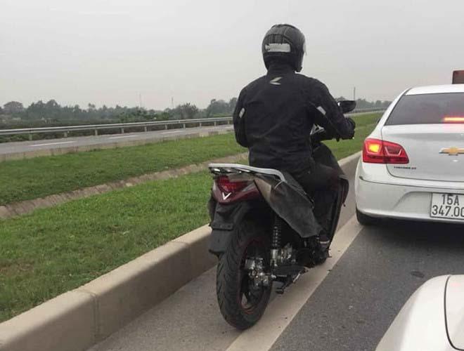 Lộ hình ảnh xe máy Vinfast mới: Honda SH bắt đầu lo ngại - 1