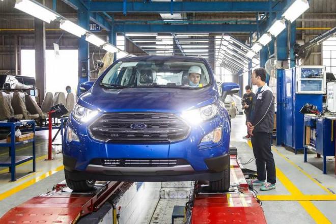 Đã có 5 nhà máy ô tô tạm dừng sản xuất vì dịch COVID-19 - 1