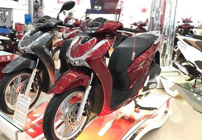 Bảng giá Honda SH tháng 4/2020, SH150 CBS bất ngờ chênh chỉ 4,5 triệu đồng - 1