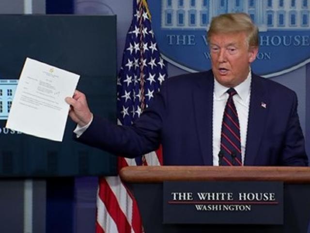 Tuyên bố mới nhất của ông Trump về khuyến cáo người dân Mỹ đeo khẩu trang
