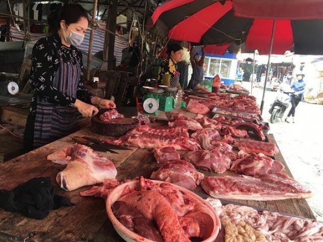 Sau chỉ thị giảm giá từ 1/4, tại sao giá thịt lợn ở chợ và siêu thị vẫn cao?