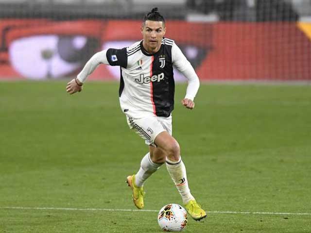 Ronaldo tuổi 35 sở hữu tốc độ kinh hoàng: Chạy 100m hết bao lâu? - 1