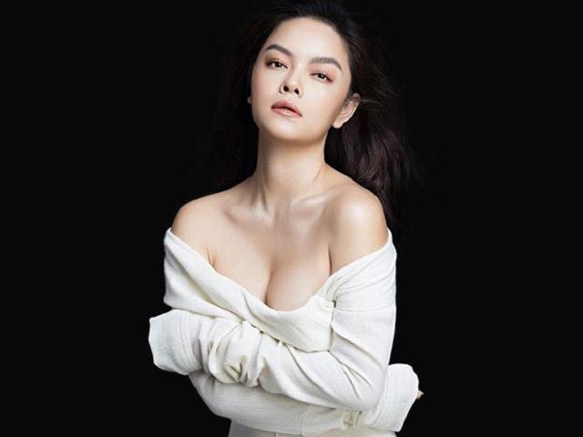 """Hết mặc o ép, Phạm Quỳnh Anh nhập hội chị em mê """"váy tụt"""", phải nâng đỡ"""