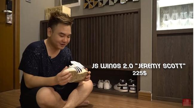 Anh chàng đã làm hẳn một Vlog để giới thiệu tới đông đảo các fan về ngôi nhà mới của mình với view đẹp và các trang thiết bị đầy đủ, hiện đại, không thiếu một thứ gì. Tủ giày của anh có mặt nhiều hãng nổi tiếng.