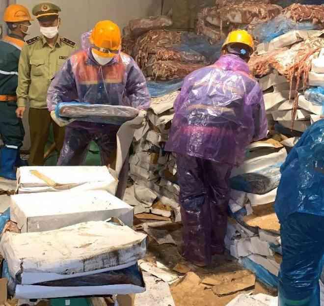 Phát hiện hơn 72 tấn lòng lợn không rõ nguồn gốc chờ tiêu thụ ở Hải Dương - 1