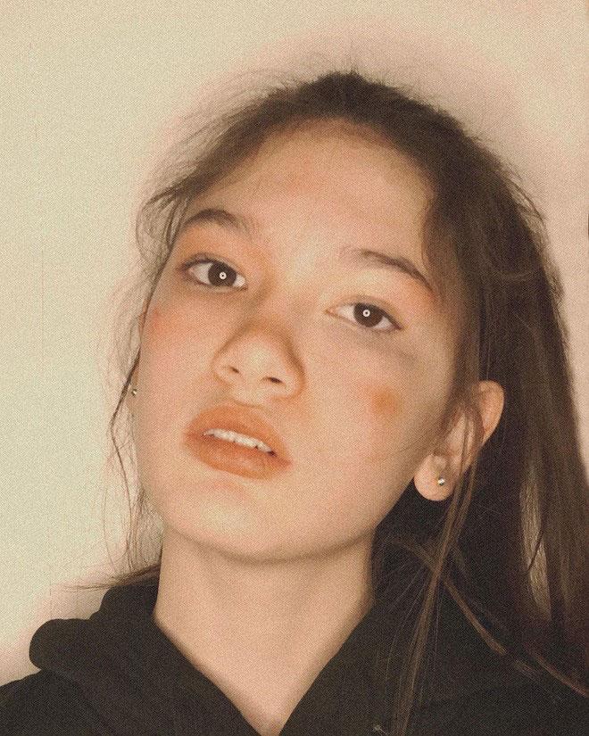 Em gái thủ môn Đặng Văn Lâm ngày càng phổng phao, khoe ảnh nhan sắc xinh đẹp ở tuổi 13 - 5