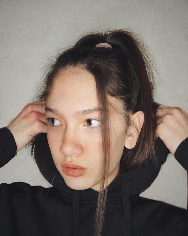 Em gái thủ môn Đặng Văn Lâm ngày càng phổng phao, khoe ảnh nhan sắc xinh đẹp ở tuổi 13 - 8
