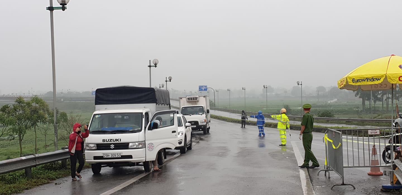 Kết quả xét nghiệm 7 người đi cùng xe khách với ca nhiễm Covid-19 số 208 - 1