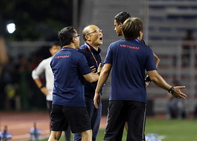 HLV Park Hang Seo đón tin vui: Không bị cấm chỉ đạo ở AFF Cup 2020 - 1