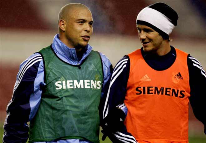 """Beckham và Ro """"béo"""" hẹn đấu huyền thoại: Ronaldinho có được góp mặt? - 1"""