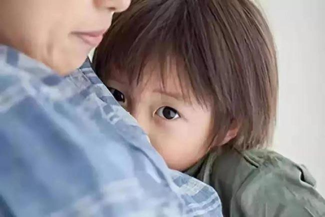 Nhà tâm lý học Harvard nhắc nhở: 8 dấu hiệu bất ổn này cho thấy cha mẹ đang nuôi con sai lầm - 1