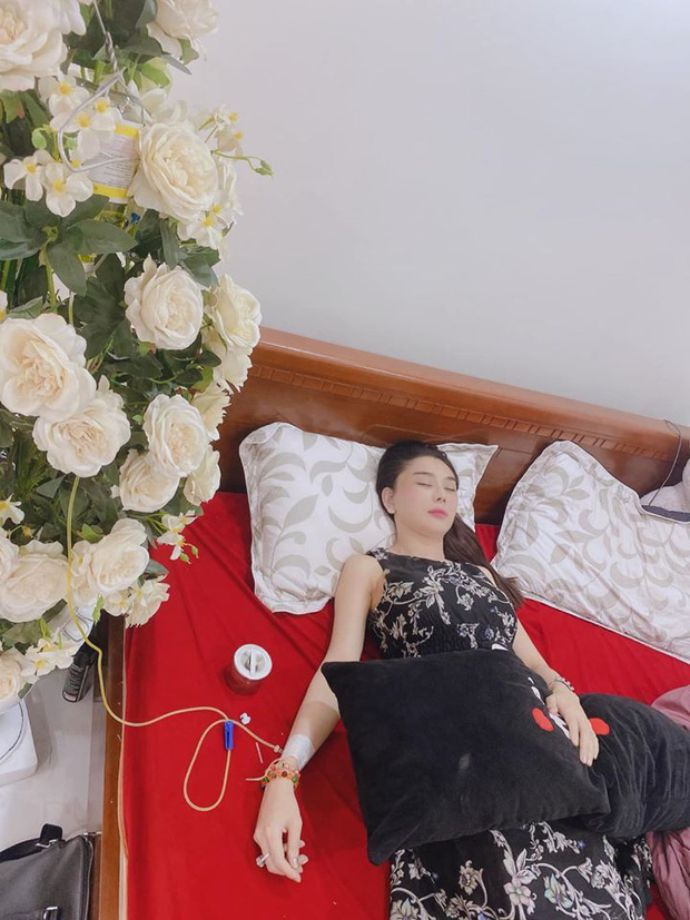 Hôn nhân của Lâm Khánh Chi với chồng trẻ kém 8 tuổi từng lục đục vì người thứ 3? - 1